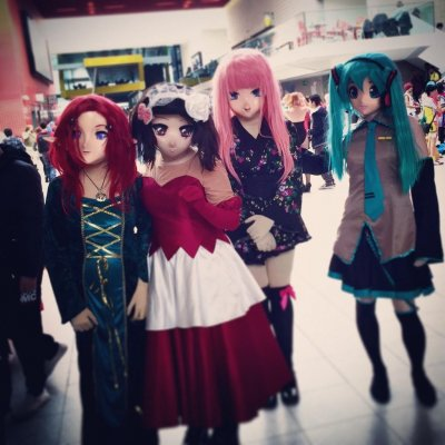 London ComicCon Anime girls cosplayers