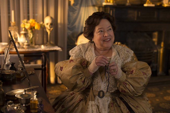 Madame Lalaurie - American Horror Story
