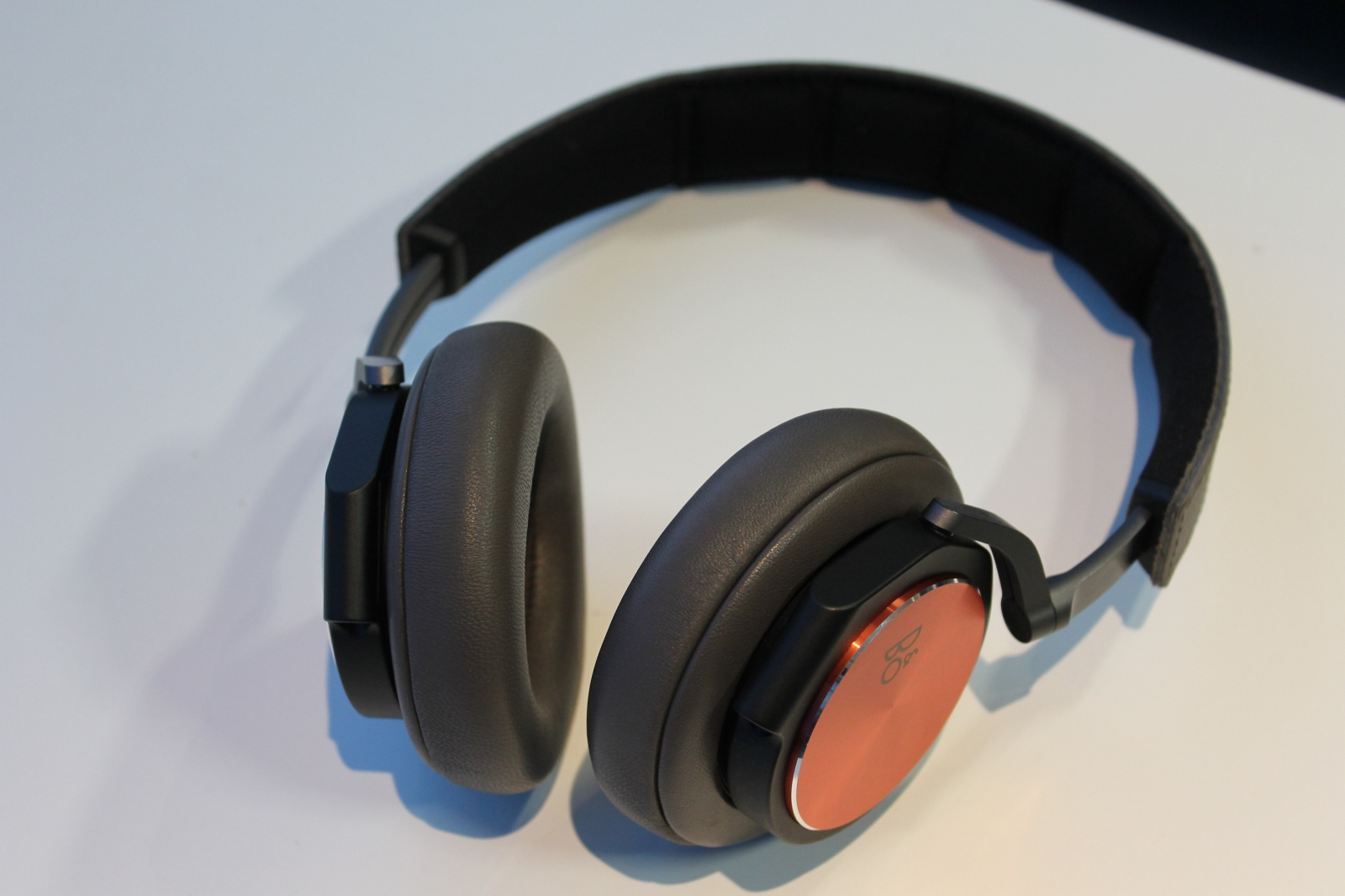 B&O BeoPlay H6 Headphones Special Edition Review