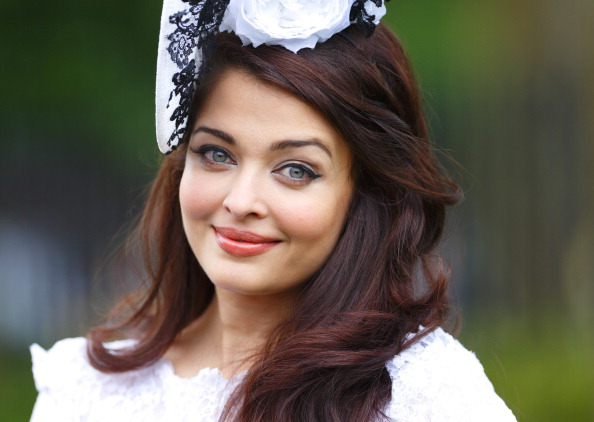 Aishwarya Rai Bachchan Turns 41: Top Candid Photos Of
