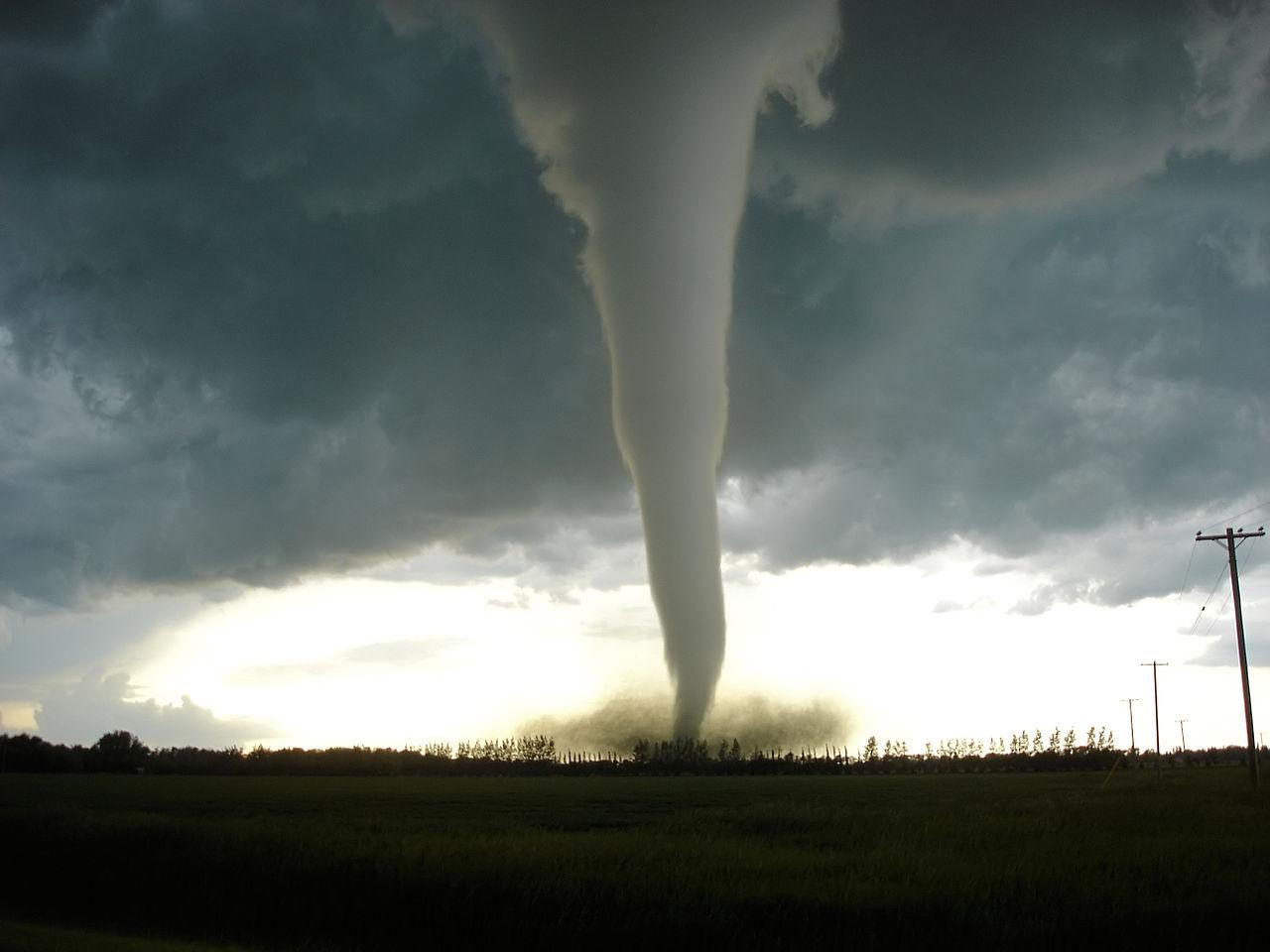 Tornado - Elie, Manitoba 2007