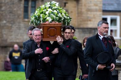 Lynda Bellingham funeral