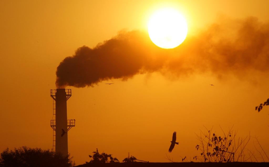 India Factory Chimney Smoke