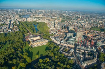 jason hawkes aerial Buckingham Palace and Victoria