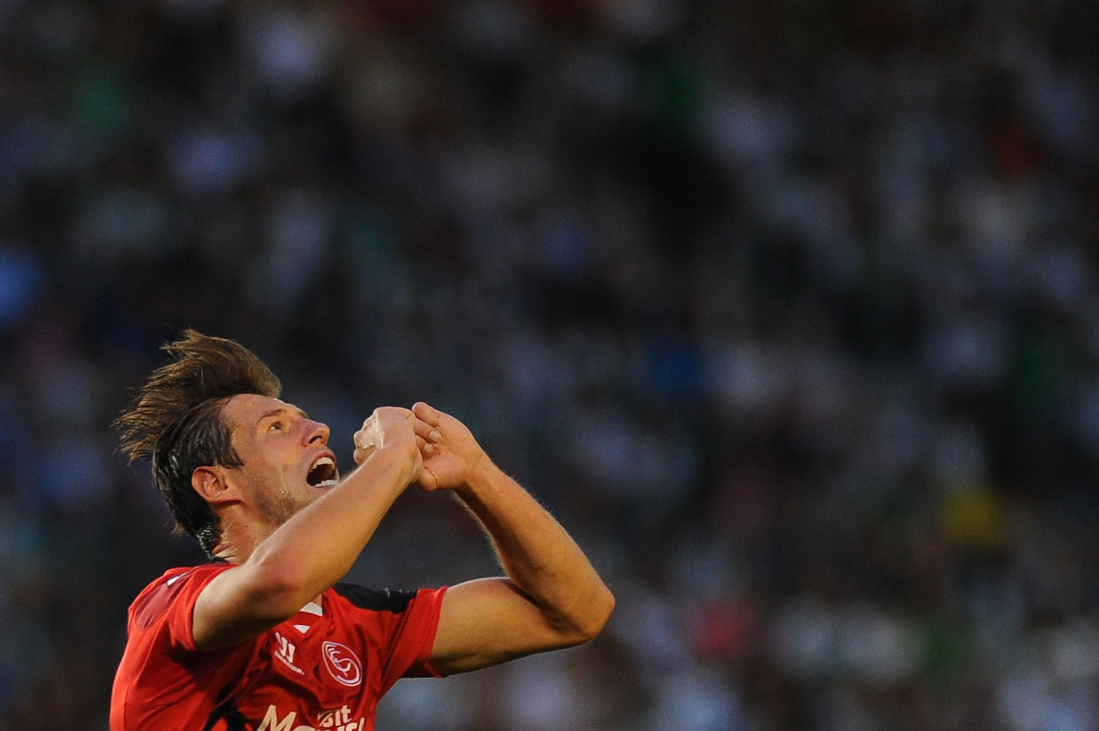 Arsenal transfer target Grzegorz Krychowiak suffered cracked rib in ...