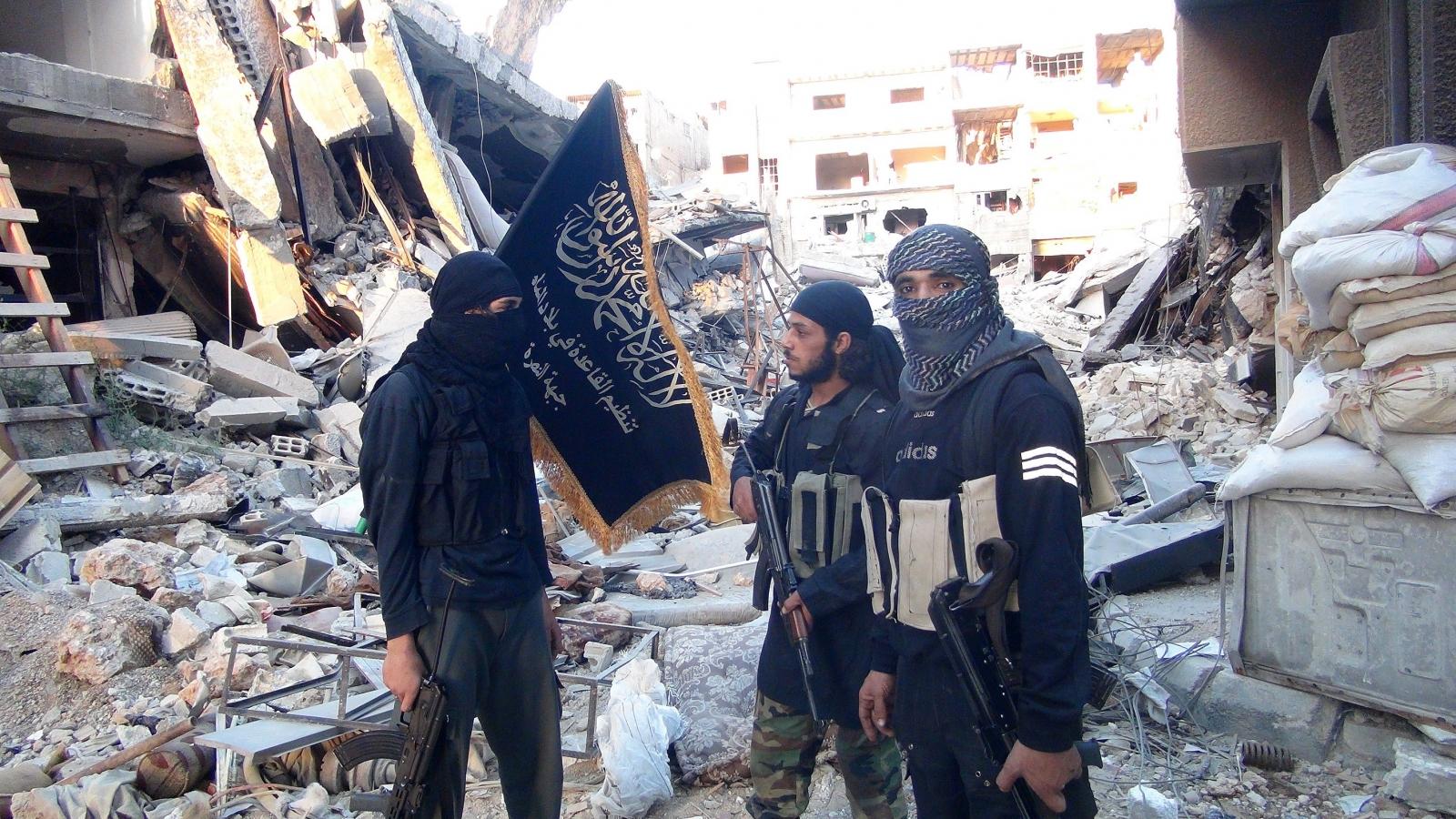 Combattenti al-Nusra a sud di Damasco.