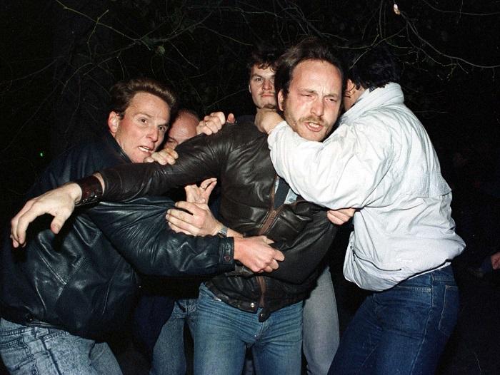 Stasi protester