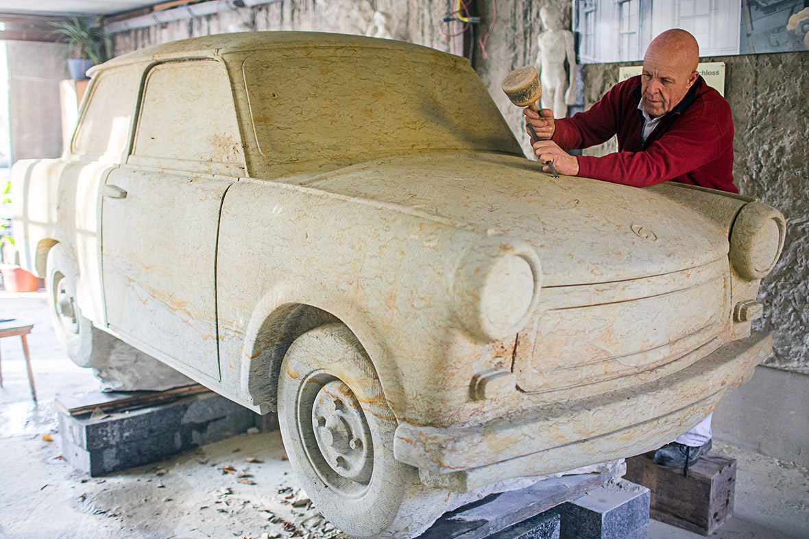 trabant sculpture