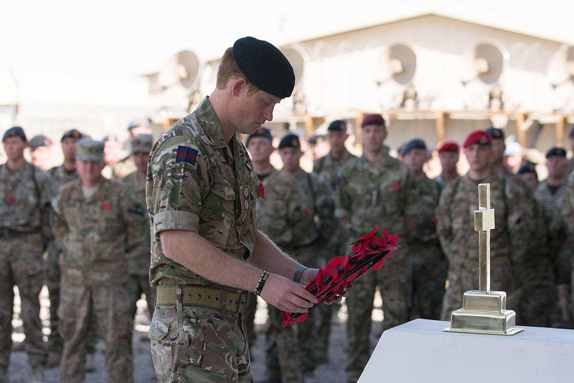 remembrance sunday prince harry
