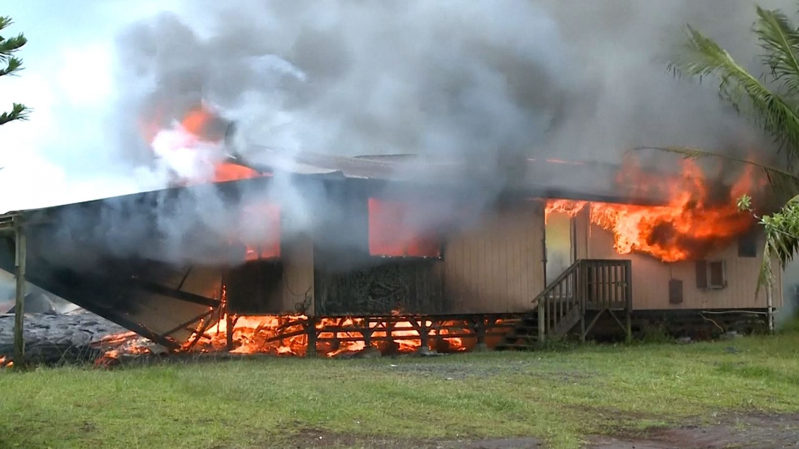 Lava Flow From Hawaii's Kilauea Volcano Destroys First Home