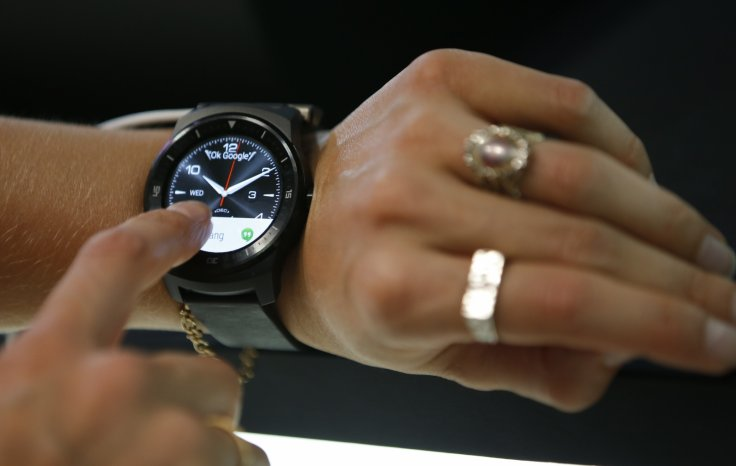 Android 5.0 update rumoured to start seeding to Android Wear users from 10 December: Check your devices now