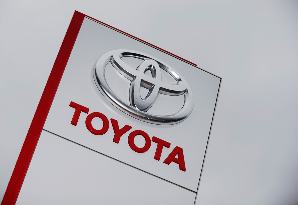 Toyota recalls 190,000 cars in Japan and China over explosive Takata airbags