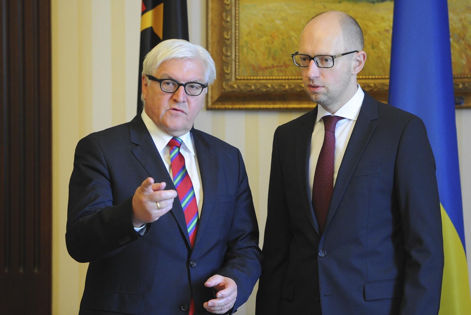 German Foreign Minister Frank-Walter Steinmeier Ukraine Russia War