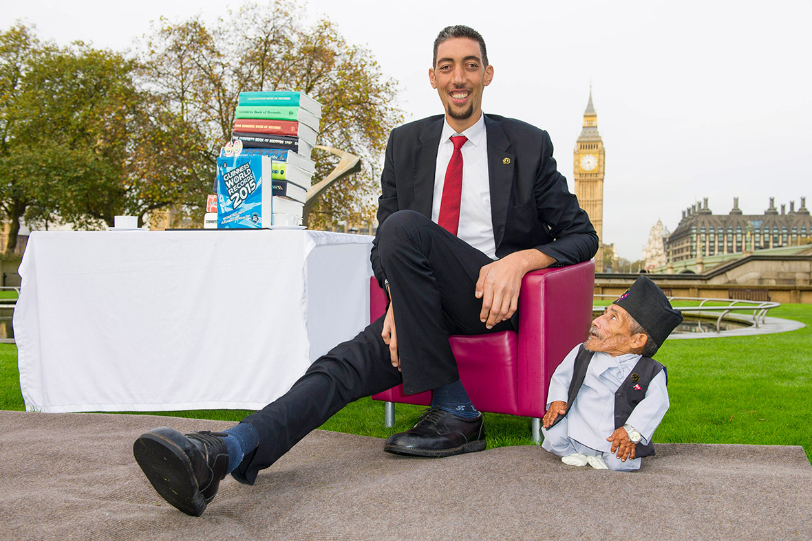 Sultan Ksen, the worlds tallest living man, is 246.5 cm 8 ft 1 in tall. Chandra Dangi the worlds shortest man ever measured, at 54.6cm 21.5 in