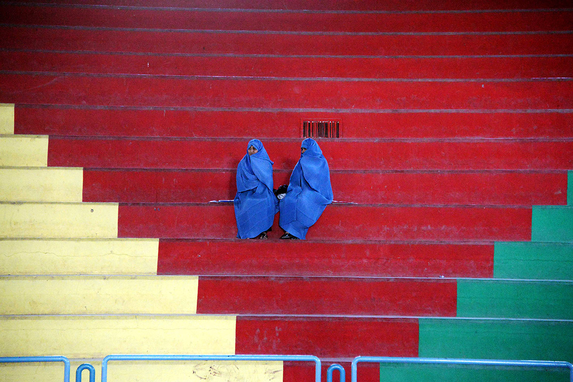 afghan women burkah
