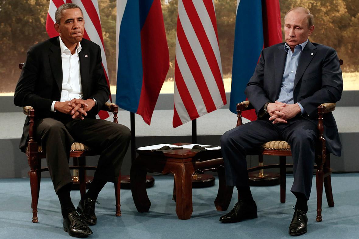 obama putin awkward photo politics