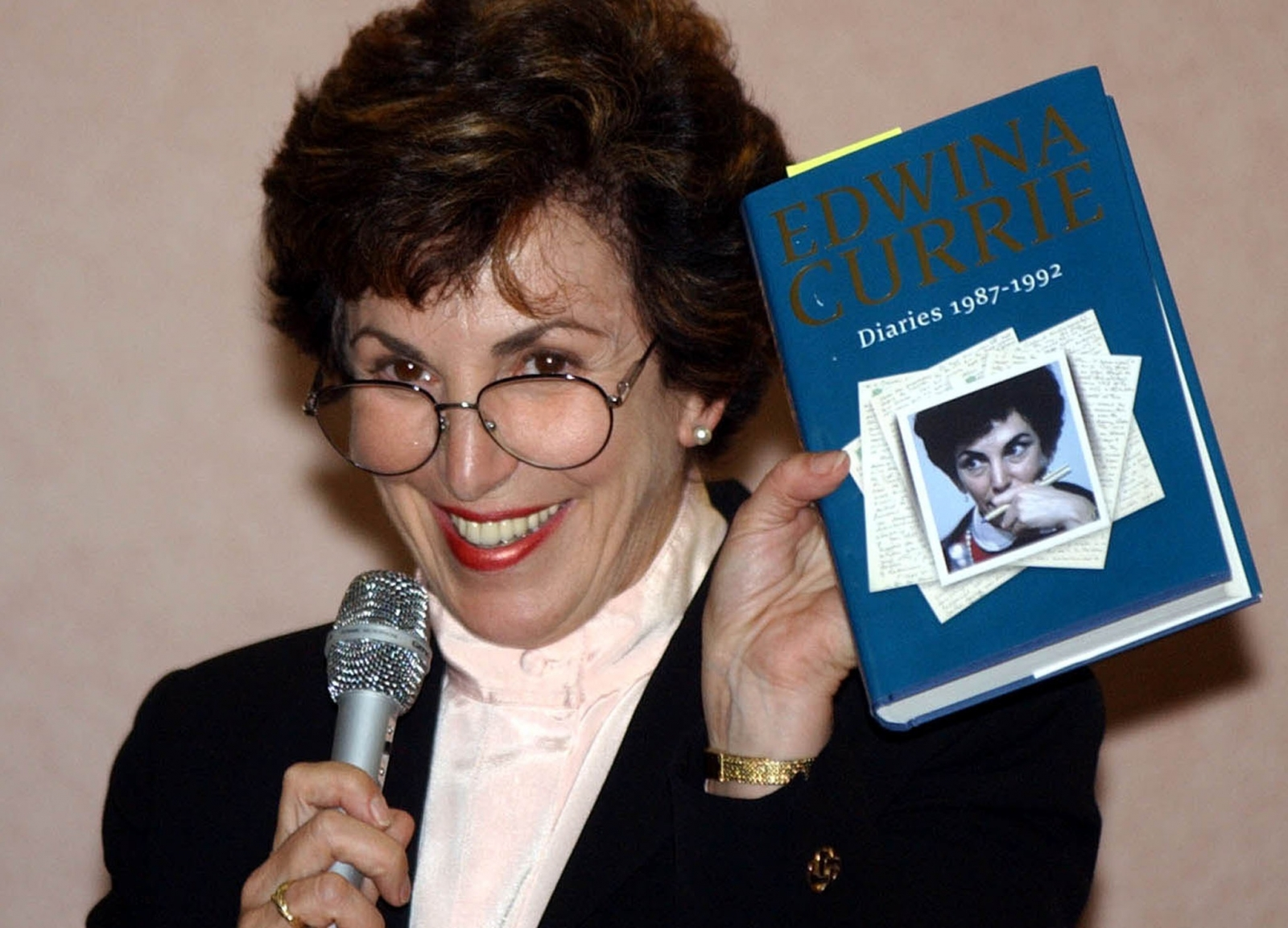 Edwina Currie reveals affair in her book in 2002