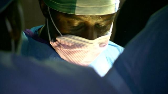 Doctor Salia Dies in Nebraska after Contracting Ebola in Sierra Leone