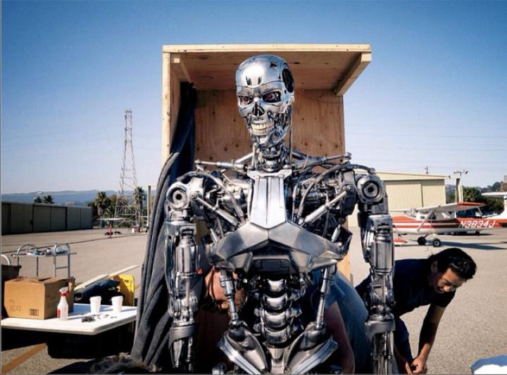 Terminator Genisys Trailer: Leaked Pictures Reveals Arnold Schwarzenegger's 'I'll Be back' Scene