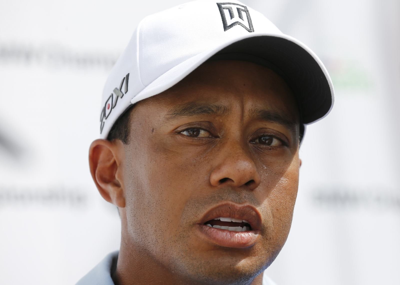 Tiger Woods has slammed a spoof interview in Golf Digest for depicting him as tight, delusional and a serial sacker of staff
