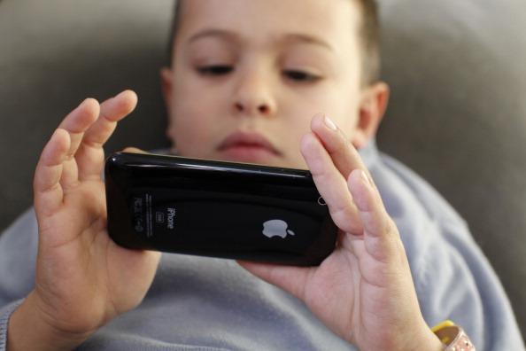 Children Facebook virtual autism
