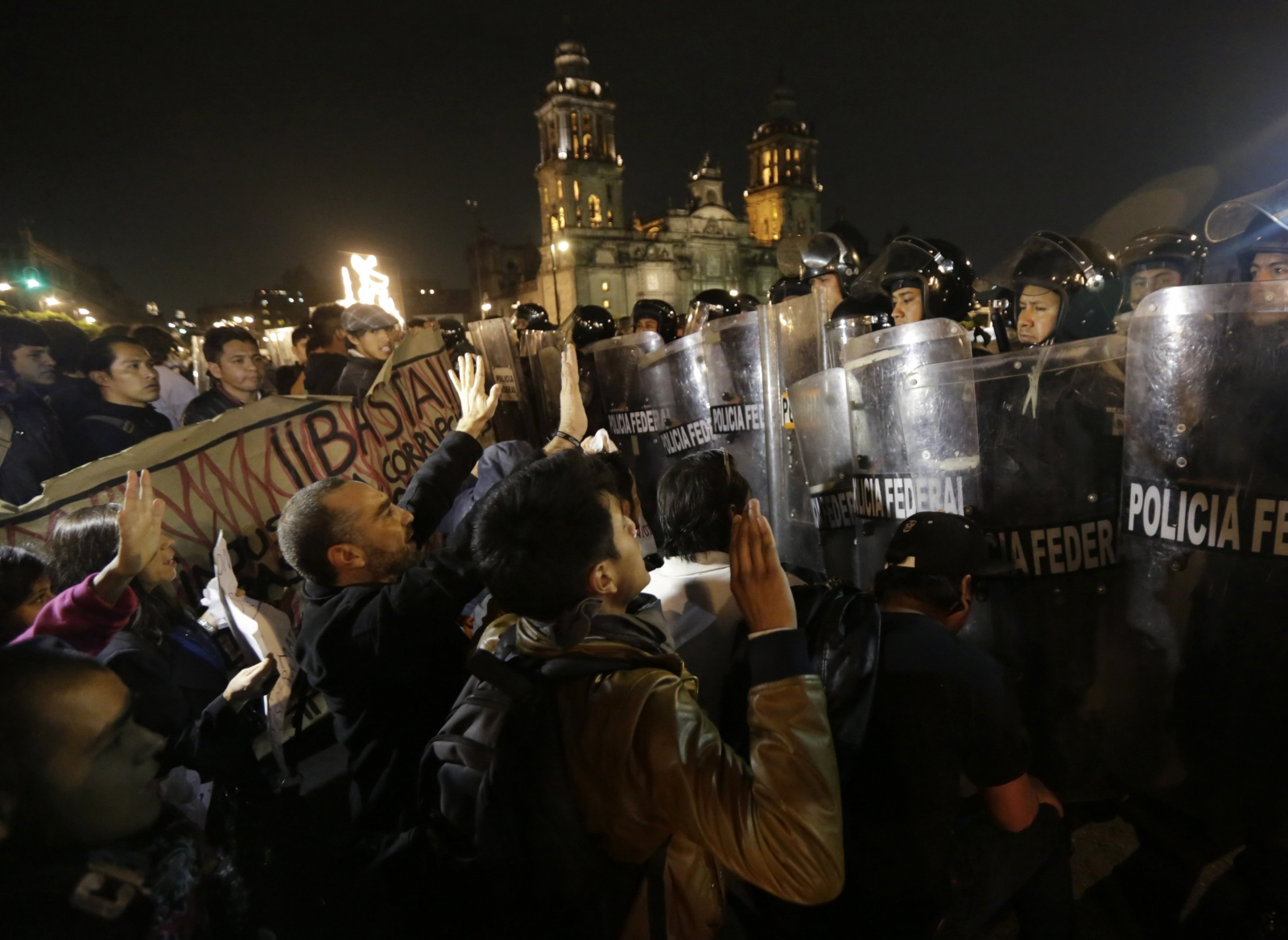 Molotov Cocktails, Clashes as Thousands of Mexicans Protest over Students Massacre