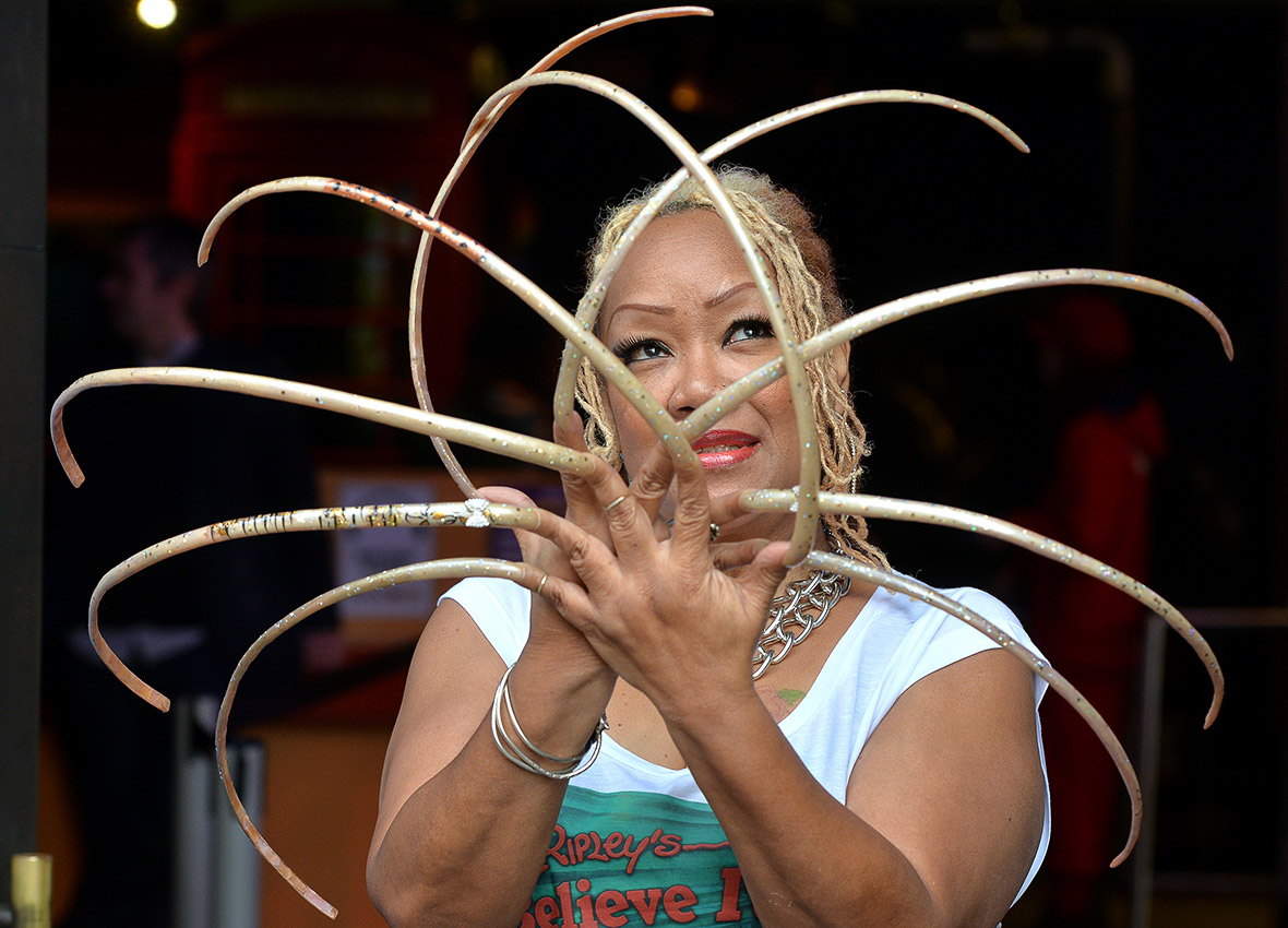 worlds longest fingernails