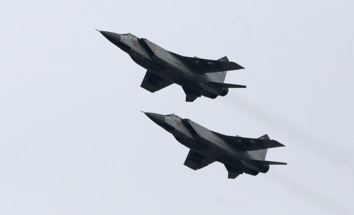Russia mobilises MiG fighter jets near Ukraine border stoking tensions