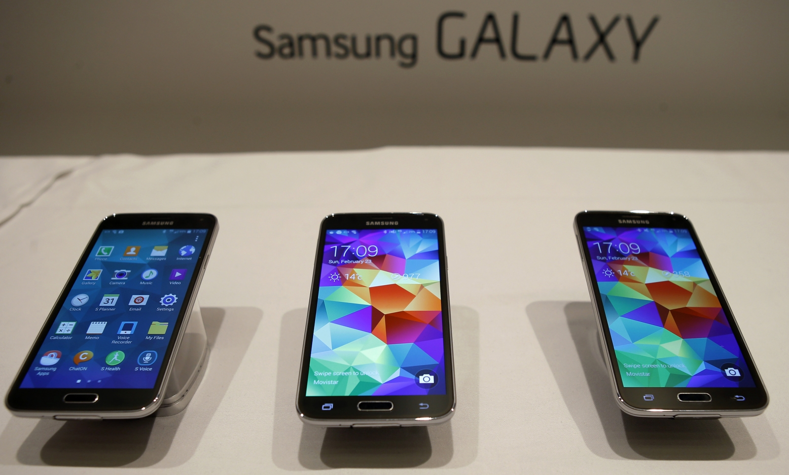 Samsung Loses its Spark as Galaxy S5 Sales Fall 40% Short of Bullish on screen shot samsung s5, manual samsung s5, features samsung s5, accessories samsung s5, cover samsung s5,