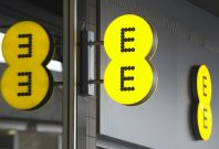 EE named as UK\'s best mobile phone network