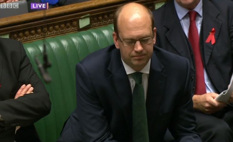 Mark Reckless jeered at PMQs on first appearance since winning Rochester and Strood for Ukip(BBC)