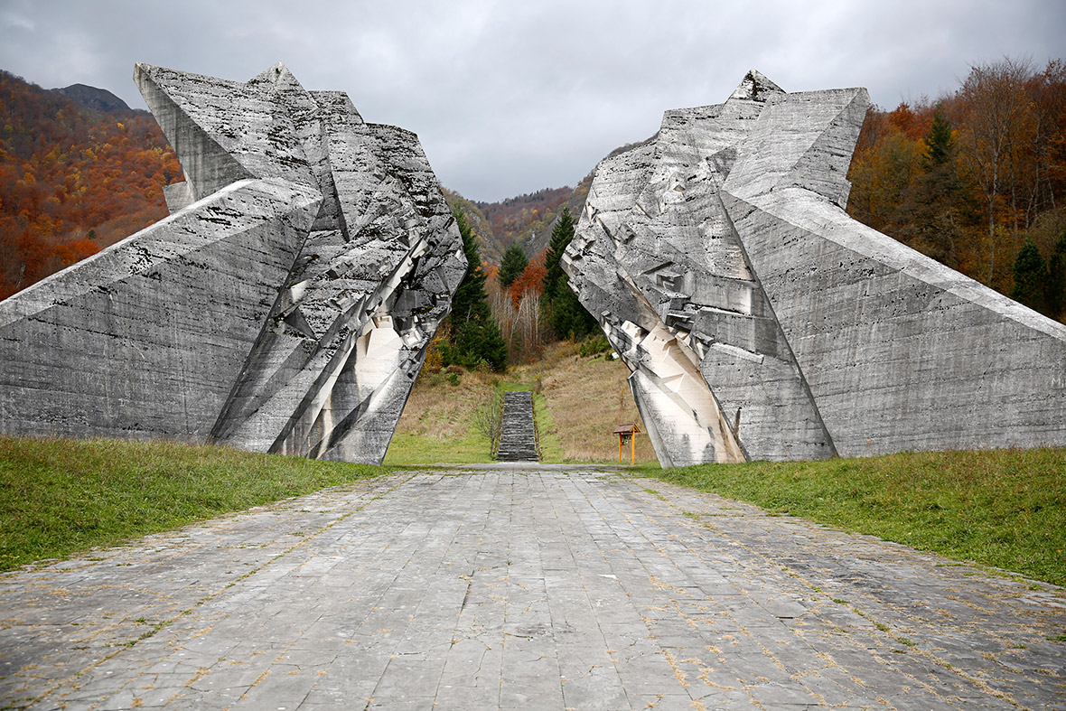 Abandoned and Forgotten: Huge Futuristic Monuments in the Former Yugoslavia [Pictures]
