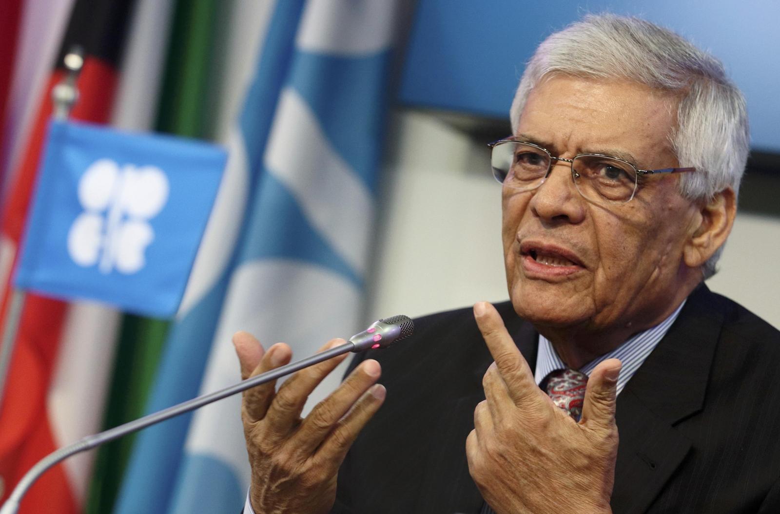 Saudis Block OPEC Output Cut, Oil Price Sinks Further