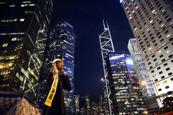 Hong skyscrapers set for hi-tech lifts