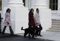 Obama daughters with Michelle Obama