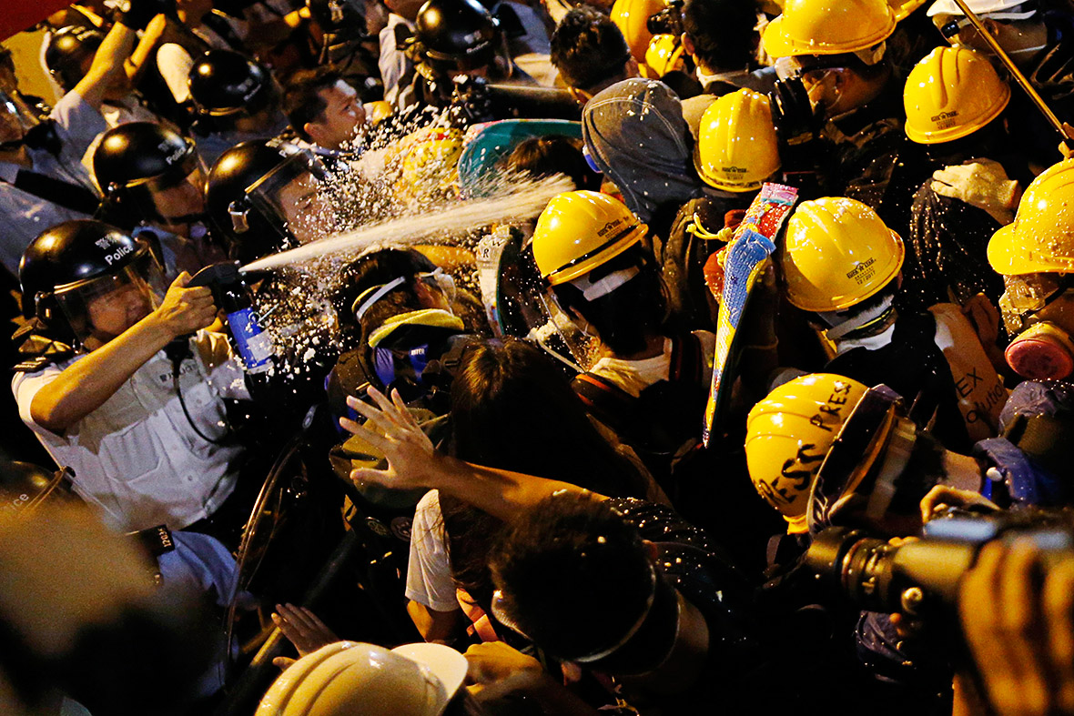 hong kong tear spray