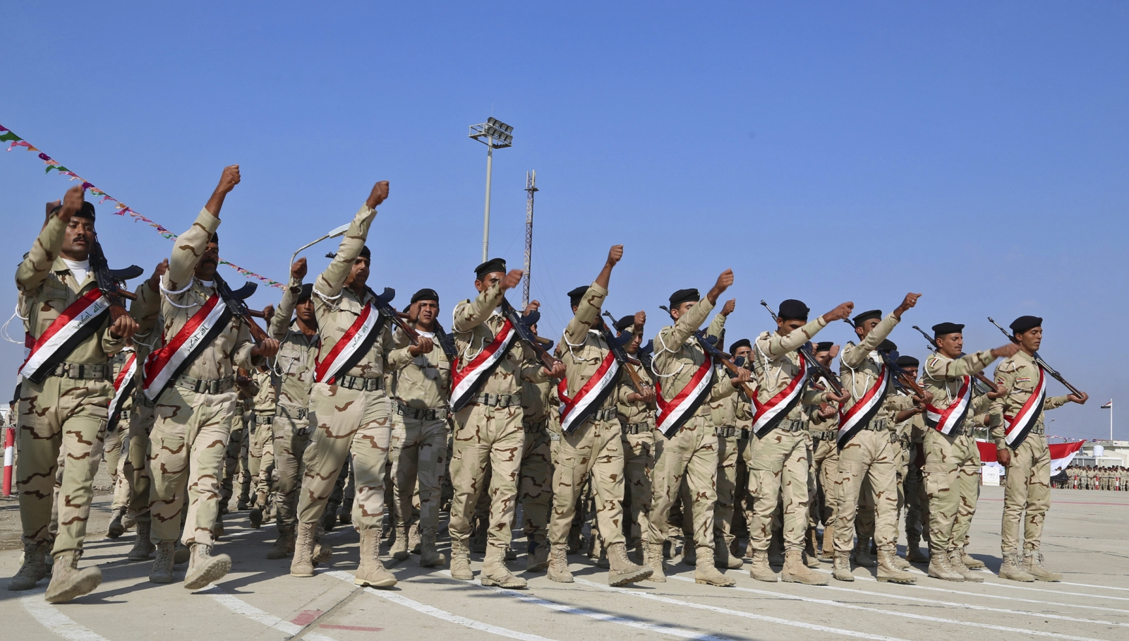 Iraq: Probe unearths 50,000 \'ghost soldiers\' in army
