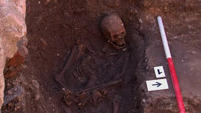 Gene studies suggest King Richard III was a blond, blue-eyed boy