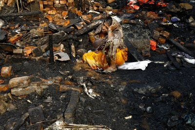 india slum fire