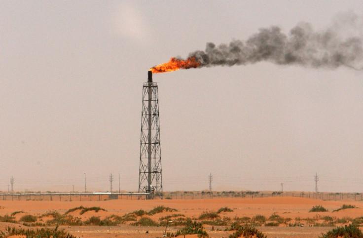 Saudi Arabia slashes January crude oil prices for Asia and US