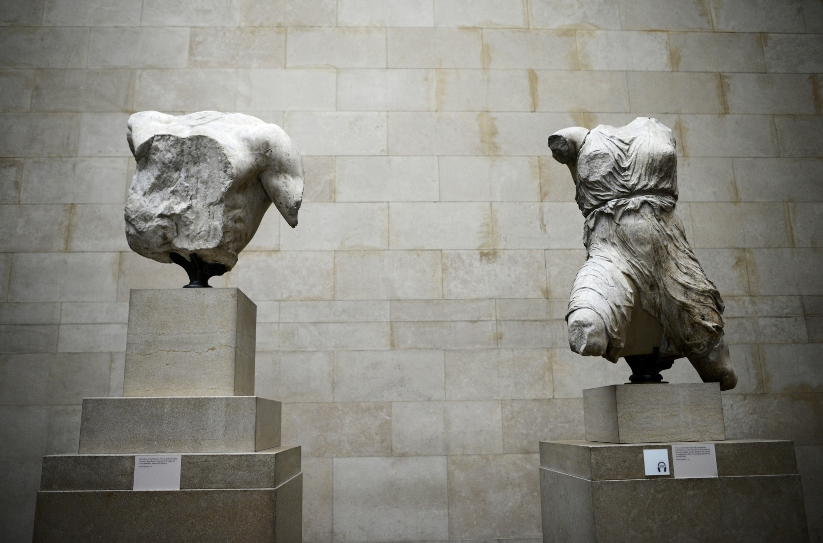 the elgin marbles Lord elgin's decision to take historic antiquities from the parthenon back to england has been a source for controversy ever since the 19 th century today greece is still requesting for the uk to return the pieces of their cultural history, but the uk still refuses to send the elgin marbles back to their homeland.