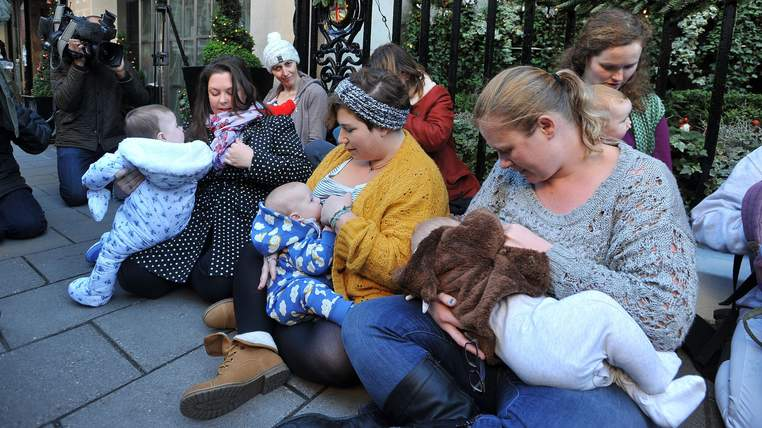 Breast feeding mothers stage protest outside Claridge's hotel