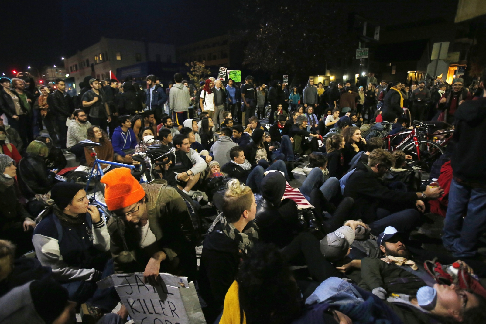 Eric Garner Death: Berkeley Protesters clash with Police