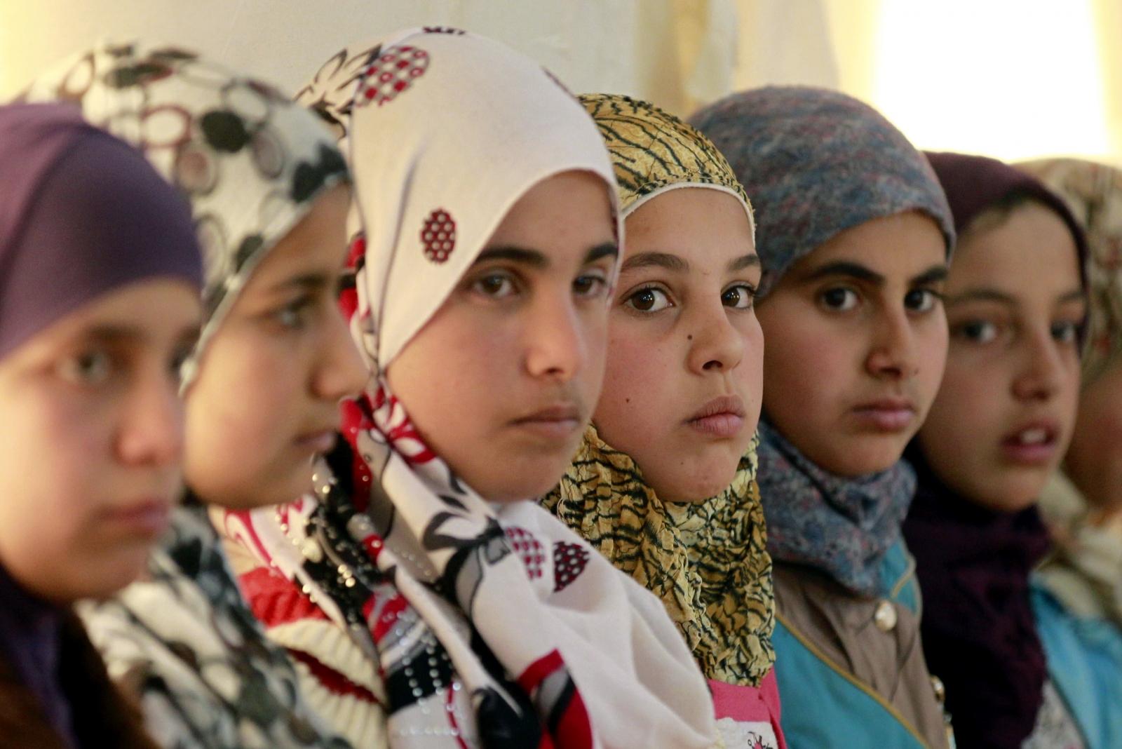 female refugees