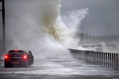 weather bomb scotland