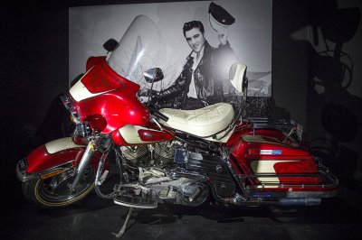 Elvis at the O2 exhibition