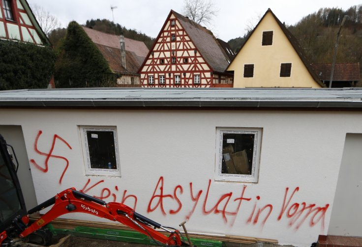 Germany: 'Neo-nazis' in arson attack against asylum seekers centre