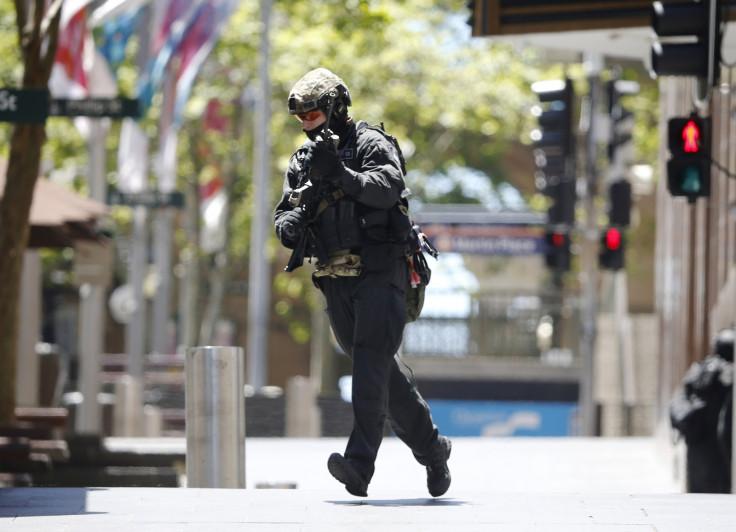 Sydney cafe siege live