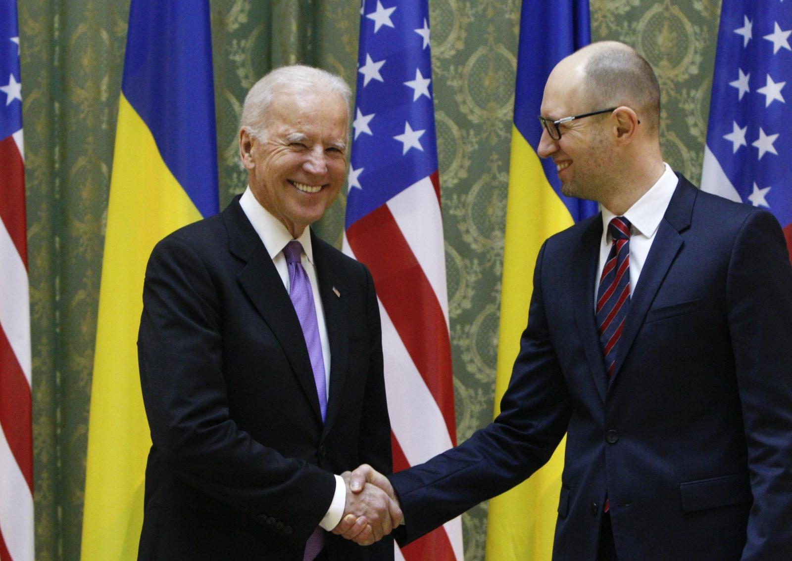 Joe Biden Arseniy Yatsenyuk