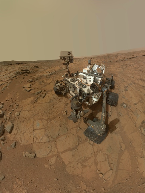 Self-portrait of NASA's Mars rover Curiosity combines dozens of exposures taken by the rover's Mars Hand Lens Imager